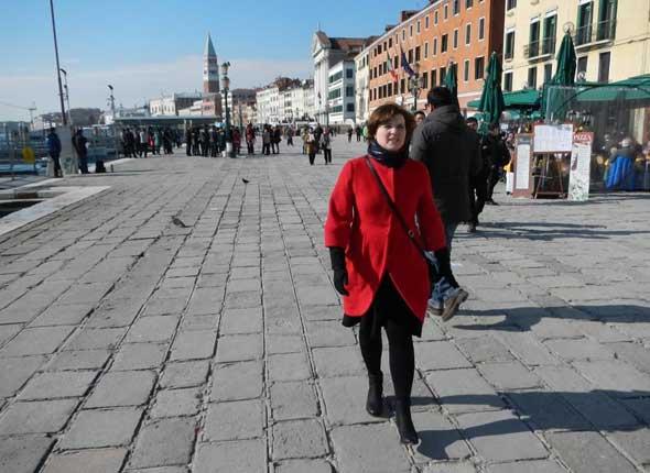 Начало февраля, в Венеции прошел ледяной дождь (?), но +11